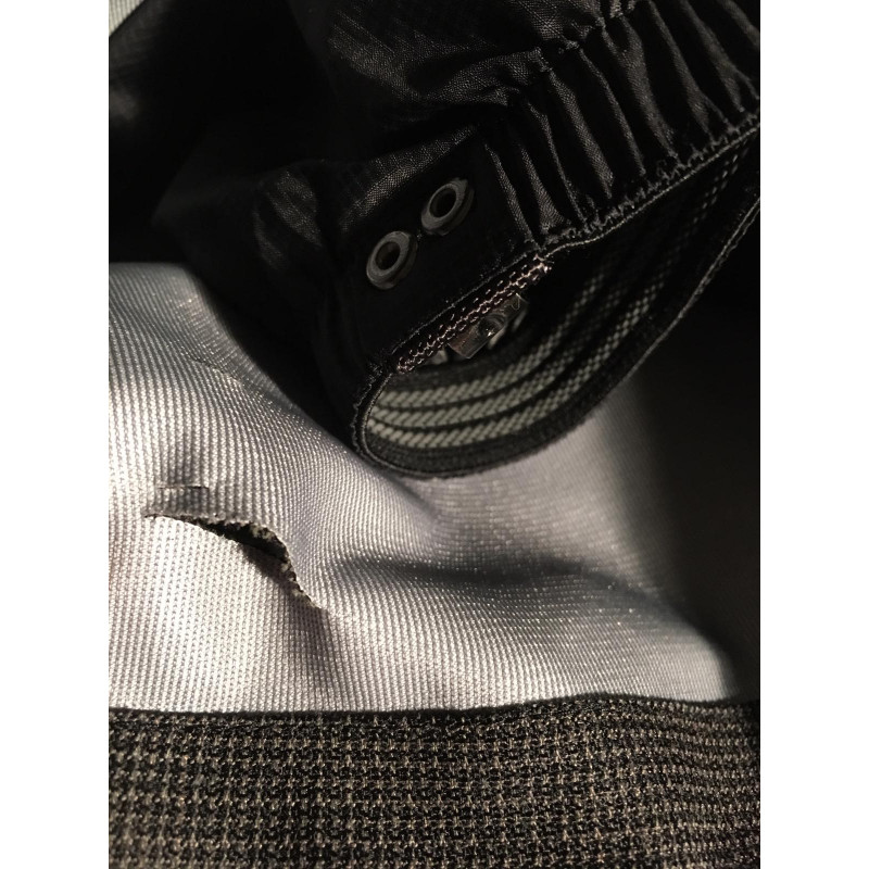 Bild 3 av Nathalie till Black Yak - Gore-Tex Pro Shell 3L Pants - Regnbyxor