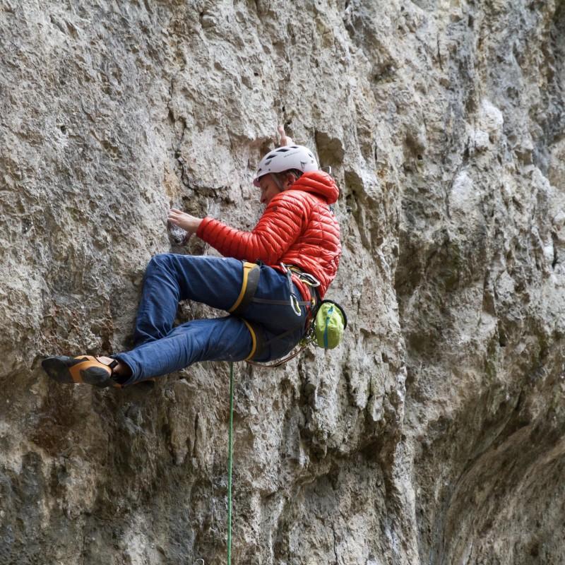 Bild 1 av Tobias till Mountain Hardwear - Ghost Whisperer Hooded Down Jacket - Dunjacka